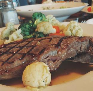 Foto 4 - Makanan di Hard Rock Cafe oleh Mitha Komala