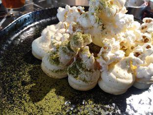 Foto 1 - Makanan(Corn cheese crumble) di Gion Japanese Grill & Chill oleh Kata Mimo