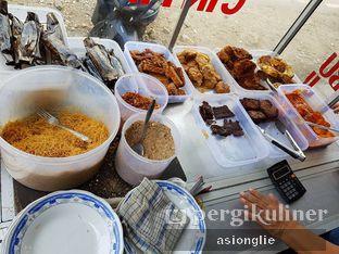 Foto 3 - Makanan di Nasi Ulam Garuda Ibu Juju oleh Asiong Lie @makanajadah