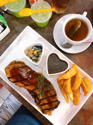 Foto 2 - Makanan di Double U Steak by Chef Widhi oleh yudistira ishak abrar