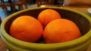 Foto 1 - Makanan(Bakpao Telur Asin) di Imperial Kitchen & Dimsum oleh Komentator Isenk