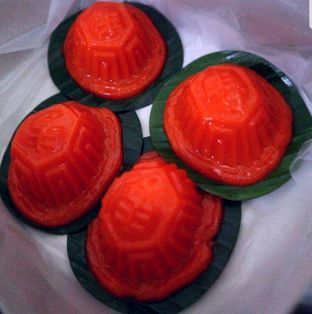 Foto 5 - Makanan di Bakpau & Kue 555 oleh heiyika