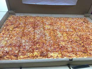 Foto 4 - Makanan di Henk's Pizza oleh yudistira ishak abrar