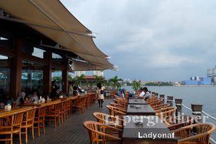 Foto 1 - Eksterior di Jetski Cafe oleh Ladyonaf @placetogoandeat