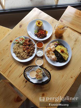 Foto 1 - Makanan di Warung Asik 18 oleh Fannie Huang||@fannie599
