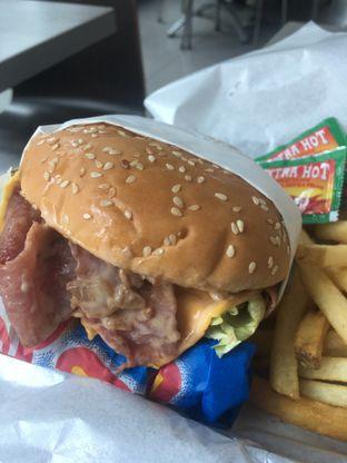 Foto 6 - Makanan di Carl's Jr. oleh Prido ZH