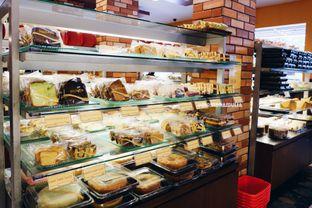 Foto 6 - Makanan di Michelle Bakery oleh Indra Mulia