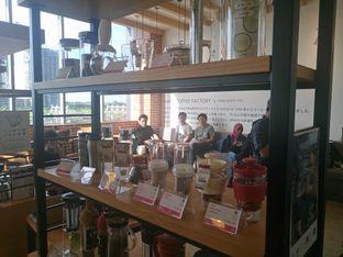 Foto 7 - Interior di Hario Coffee Factory oleh yudistira ishak abrar