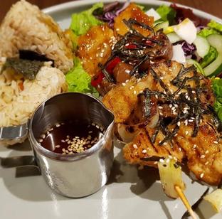 Foto 1 - Makanan di Burgreens Eatery oleh Mitha Komala