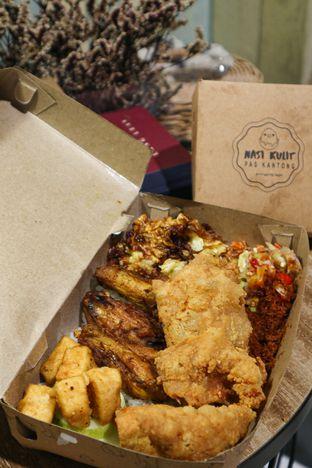 Foto 4 - Makanan di Nasi Kulit Pas Kantong oleh thehandsofcuisine