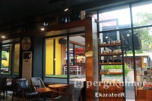 Foto 2 - Interior di Angel In Us Coffee oleh Eka M. Lestari