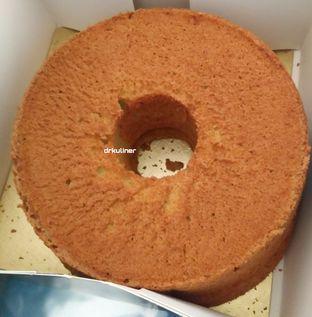 Foto review Holland Bakery oleh Devi Renat 1
