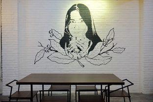 Foto 17 - Interior di Nationalism Coffee Brewers oleh yudistira ishak abrar