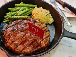 Foto - Makanan di Steak Hotel by Holycow! oleh PostMeridian