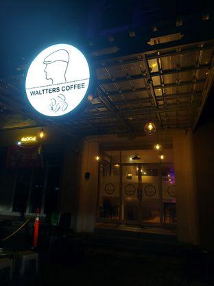 Foto 9 - Interior di Waltters Coffee oleh Mouthgasm.jkt