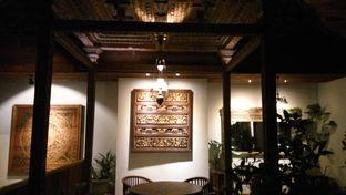 Foto 5 - Interior di Braga Art Cafe oleh Fadhlur Rohman
