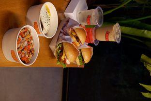 Foto review Thirsty & Hungry oleh yudistira ishak abrar 19