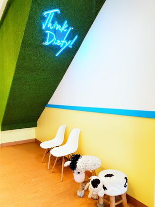Foto 3 - Interior di Dirty Milk oleh D L