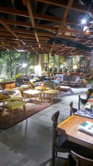 Foto 4 - Interior di Waha Kitchen - Kosenda Hotel oleh Renodaneswara @caesarinodswr