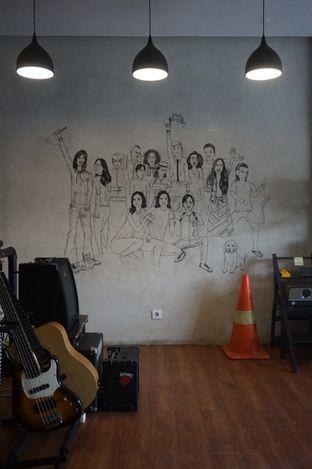 Foto 16 - Interior di Backyard Coffee & Shop oleh yudistira ishak abrar