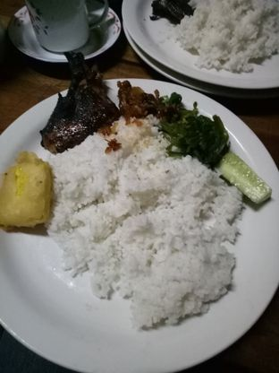 Foto - Makanan di Sapu Lidi oleh Dani Allamsyah