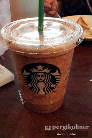 Foto - Makanan(Chocho chip cream) di Starbucks Coffee oleh Monique @mooniquelie @foodinsnap