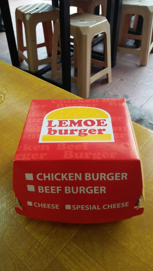 Foto 3 - Makanan di Lemoe Burger oleh Review Dika & Opik (@go2dika)