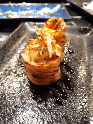 Foto review Hanako Sushi Bar oleh Velia  1