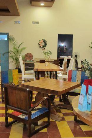 Foto 4 - Interior di Gedogan Coffee House oleh Kuliner Addict Bandung