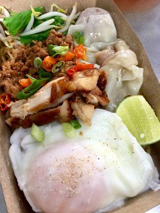 Foto - Makanan di Bakmi Ayam Mipolo oleh candranirene
