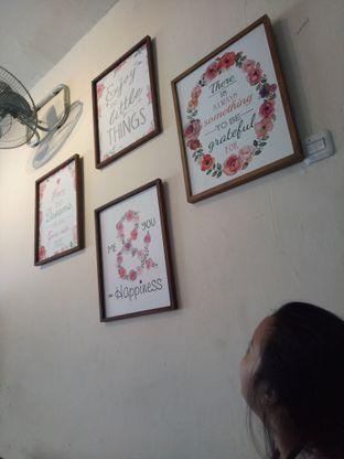 Foto 6 - Interior di Moska Cafe & Eatery oleh Namira