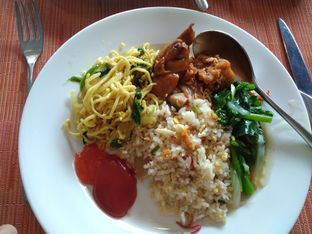 Foto 1 - Makanan di Pago - The Papandayan Hotel oleh Salma Shofiyyah