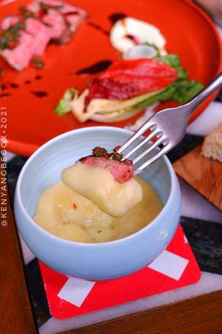 Foto 2 - Makanan di Caspar oleh Vionna & Tommy