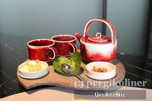 Foto 4 - Makanan(Jasmine black tea) di 1945 Restaurant - Fairmont Jakarta oleh UrsAndNic