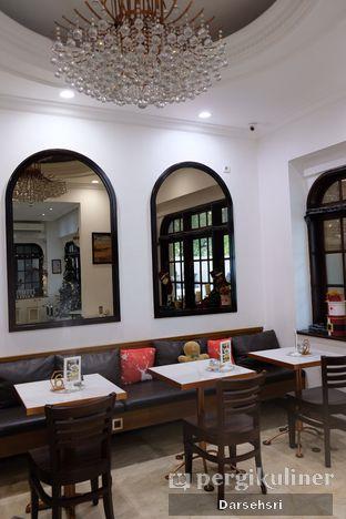 Foto 9 - Interior di O'delice Cafe oleh Darsehsri Handayani