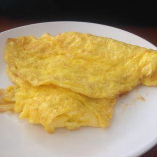 Foto 2 - Makanan(Telur Dadar) di Sambal Khas Karmila oleh Dianty Dwi