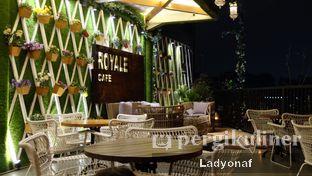 Foto 3 - Interior di Royale Bakery Cafe oleh Ladyonaf @placetogoandeat