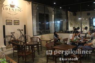 Foto 2 - Interior di Identic Coffee oleh Eka M. Lestari
