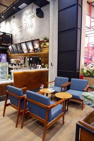 Foto 14 - Interior di Blue Lane Coffee oleh yudistira ishak abrar