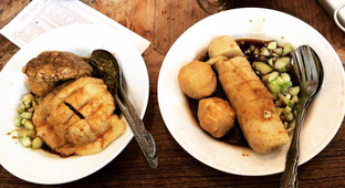 Foto 2 - Makanan di Pempek Megaria oleh Mitha Komala