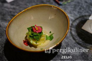 Foto 5 - Makanan(Amuse Bouche) di Socieaty oleh @teddyzelig