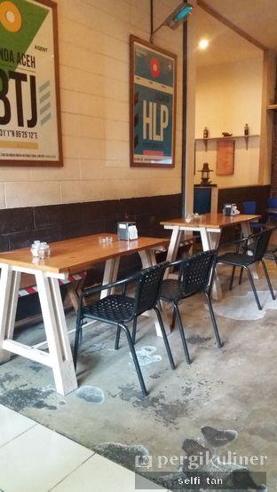 Foto 4 - Interior di Seulawah Coffee oleh Selfi Tan