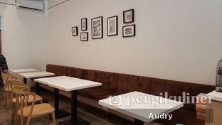 Foto 8 - Interior di Tata Cakery oleh Audry Arifin @makanbarengodri