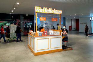 Foto 1 - Interior di Waffelicious oleh MWenadiBase