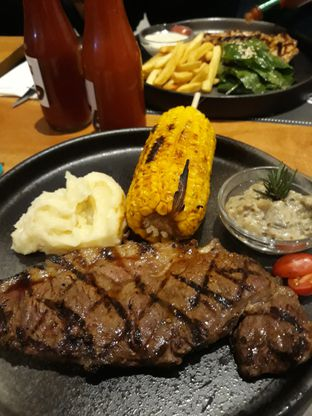 Foto 1 - Makanan di Tokyo Skipjack oleh Mouthgasm.jkt