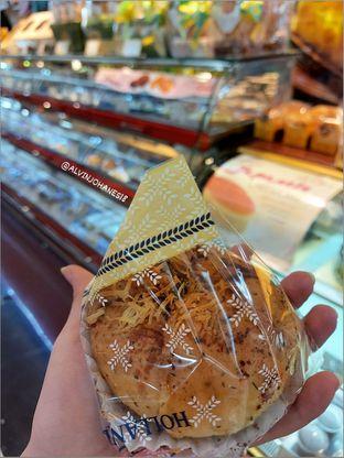Foto 1 - Makanan di Holland Bakery oleh Alvin Johanes