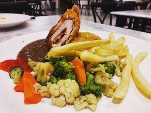 Foto review Foodhall Kitchen oleh Michael Wenadi  1