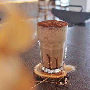 Foto review Kaca Coffee & Eatery oleh Stellachubby  5