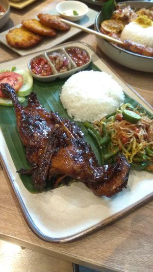 Foto 2 - Makanan(Bebek Bakar Ubud (IDR 98k)) di Taliwang Bali oleh Renodaneswara @caesarinodswr