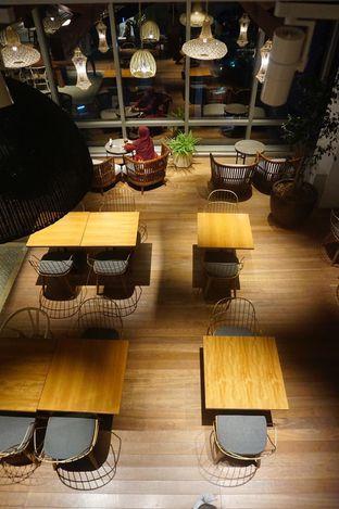 Foto 12 - Interior di Lumine Cafe oleh yudistira ishak abrar